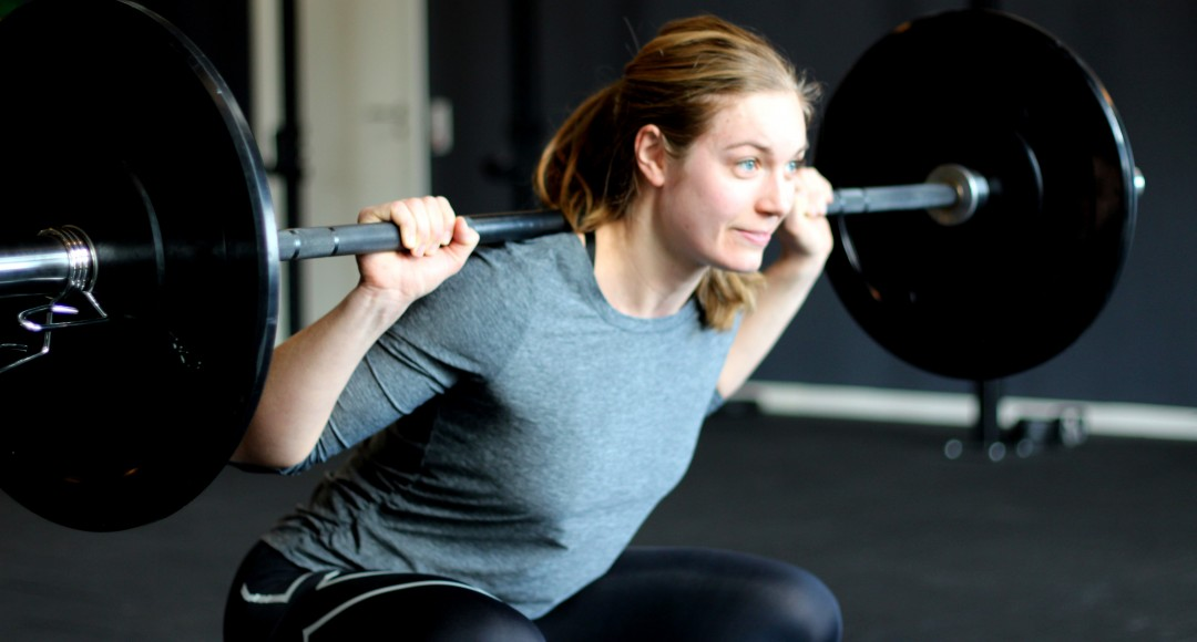 Kvinde, styrketræning, squat